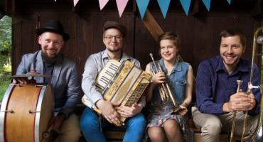 Wakacyjny Festyn rodzinny z muzyką na żywo w Ciechanowie