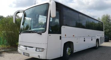Nowy autobus dowiezie do szkoły uczniów z gminy Glinojeck