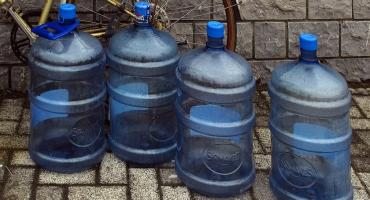 Trwa akcja dowożenia wody w gm. Gołymin. Do kiedy potrwają utrudnienia?