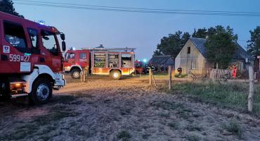 W domu jednorodzinnym wybuchła butla z gazem. W środku były dwie osoby