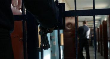 Pijany kierowca BMW spowodował kolizję w Ciechanowie. W jego mieszkaniu znaleziono narkotyki