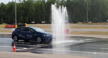 Będą doskonalić technikę jazdy. Kierowcy z Ciechanowa mogą wziąć udział w bezpłatnym szkoleniu
