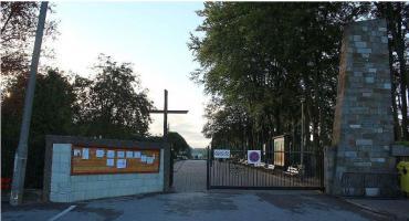 Radna wnioskuje o remont alejek na ciechanowskim cmentarzu