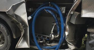 Zderzenie mleczarki z ciągnikiem niedaleko Ciechanowa [zdjęcia]