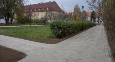 Na Blokach powstał Łąkowy Zakątek z nowymi alejkami