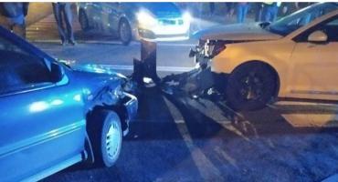 Zderzenie samochodów na skrzyżowaniu pod Ciechanowem [zdjęcia]