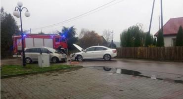 [AKTUALIZACJA] Wypadek z udziałem dwóch samochodów