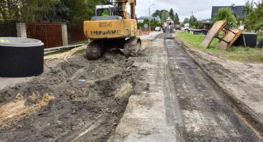 AKTUALIZACJA: Remontowana droga będzie zbyt wąska? Mieszkańcy piszą petycję, ratusz odpowiada