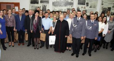 Nagrody dla pracowników cywilnych ciechanowskiej komendy policji