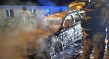 Subaru zapaliło się w trakcie jazdy [zdjęcia]
