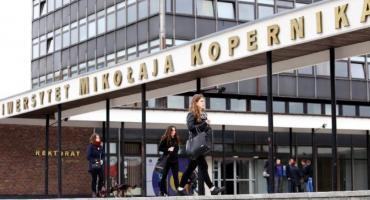 Studenci i uczniowie płacą najmniej za podróżowanie MZK w Toruniu