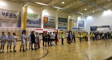 Trwa międzynarodowy turniej pod Toruniem. Drużyna gospodarzy wygrała z mistrzem Polski