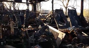Tak od środka wygląda spalony autobus z toruńskiego MZK [WIDEO]