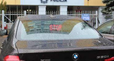 Nowe nieoznakowane BMW toruńskiej drogówki rozbite