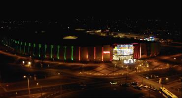 Niesamowite oświetlenie Toruń Plaza. To trzeba zobaczyć! [WIDEO]