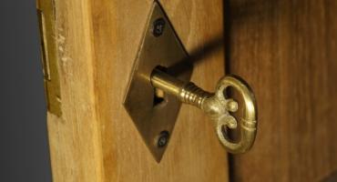 Kontrole po tragedii w Koszalinie. Jeden escape room zamknięty, dwa mandaty, liczne nieprawidłowości