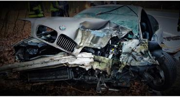 Wypadek pod Toruniem, są ranni. Zobacz, co zostało z BMW... [FOTO]