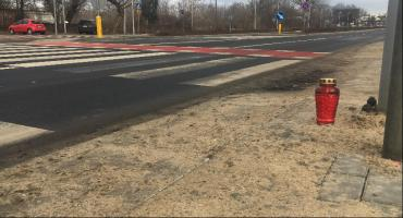 Śmiertelny wypadek na przejściu dla pieszych w Toruniu. Nie żyje 72-letni mężczyzna [FOTO]