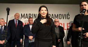 Ogromne kontrowersje przed otwarciem wystawy Mariny Abramović w Toruniu [FOTO]