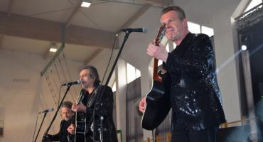 Gwiazdy zaśpiewały dla kobiet w Lubiczu [FOTO]