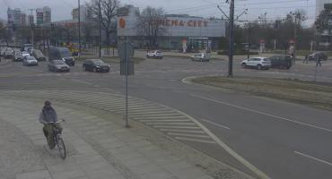 Policja poszukuje złodzieja z Torunia. Rozpoznajesz go? [FOTO]