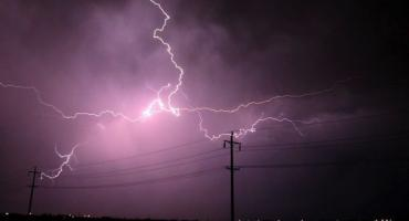 Uwaga! IMGW ostrzega mieszkańców Torunia przed silnymi burzami i nie tylko