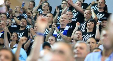 Niecodzienne zachowanie prezydenta Zaleskiego na meczu we Włocławku [FOTO]