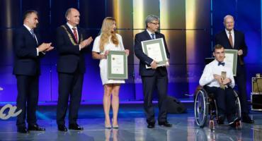 Marszałek przyznał prestiżowe nagrody za wartościowe dokonania [FOTO]