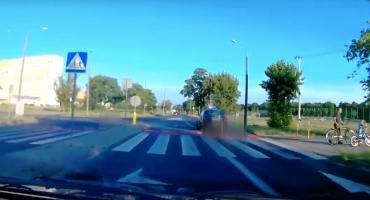 Czy kontrowersyjne barierki dla rowerzystów w Toruniu stwarzają niebezpieczeństwo? [WIDEO]