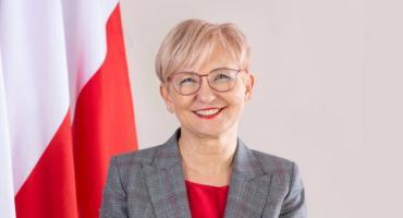 Iwona Michałek: Funkcja wychowawcza szkoły wzrasta