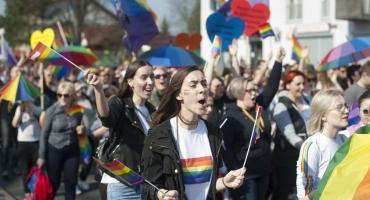 Marsz Równości w Toruniu. Jeszcze się nie odbył, ale już budzi wielkie kontrowersje