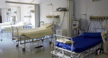 W Toruniu 4-letni chłopiec spadł z 11 piętra. W jakim stanie jest dziecko?
