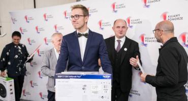 Torunianin wśród 25 najzdolniejszych maturzystów w Polsce [FOTO]