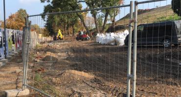 Tragedia na budowie w Toruniu. Ładowarka teleskopowa przygniotła mężczyznę [FOTO]