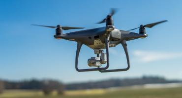 Drony pomogą w walce ze smogiem w Toruniu i regionie