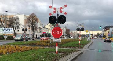 Znak STOP zamiast sygnalizacji w Toruniu. Kierowcy zdezorientowani...