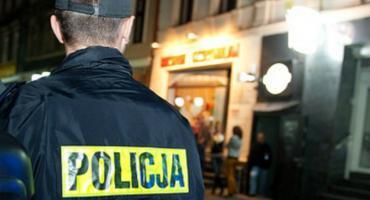 Policjanci uratowali mężczyznę przed zamarznięciem