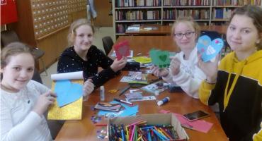 Młodzież w bibliotece