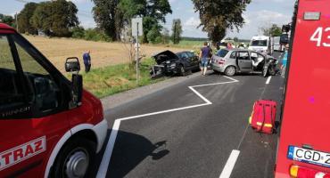 Wypadek w Pląchotach, pięć osób rannych, droga była zablokowana