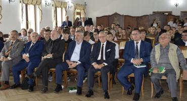 Historyczna konferencja w Działyniu